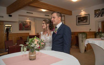 Brautpaar-Hochzeit-Lederfabrik-Linz